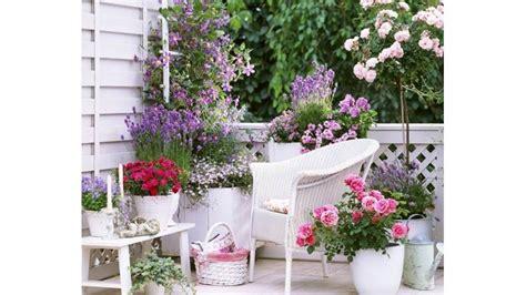 idee per terrazzi fioriti idee per balconi fioriti excellent privacy in giardino