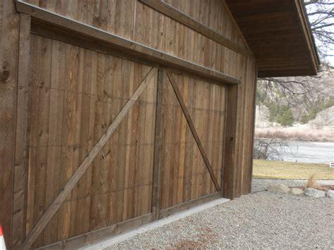 Shiplap Siding by Shiplap Garage Door Garage Door Seal Home Depot