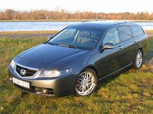 2003 Honda Accord - Overview