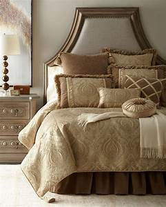 Austin, Horn, Classics, Renaissance, Bedding