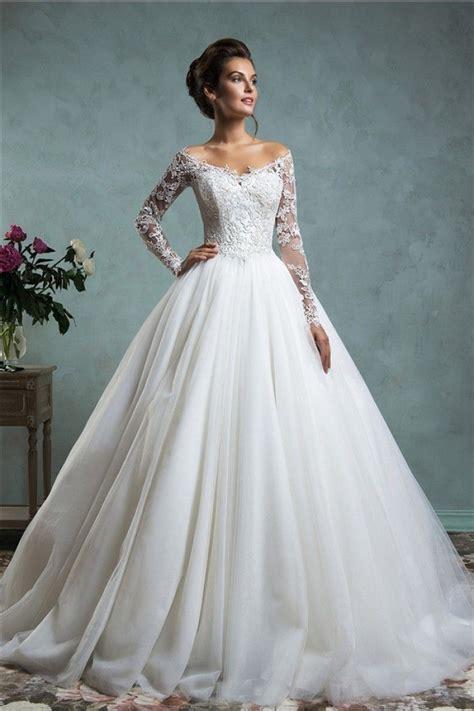 305018c22ce 700 x 1050 www.pinterest.com. Lace wedding dresses ...
