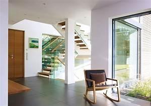 Treppe Mit Glas : offene treppe mit holzstufen und glas http www ~ Sanjose-hotels-ca.com Haus und Dekorationen