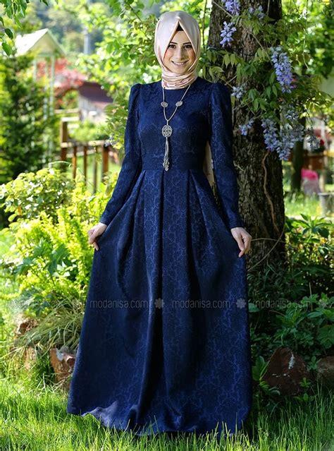Menjadi Wanita Dewasa Dan Anggun Baju Pesta Muslim Gaun Pesta Muslim Hairstylegalleries Com