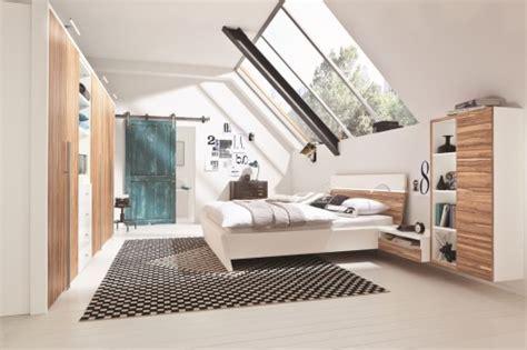 chambre sous toit déco chambre sous toit