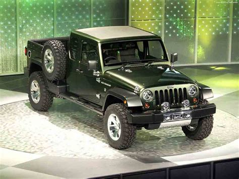Jeep Confirms It S Making A Jeep Truck Hodge Dodge