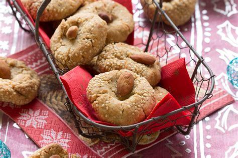 cuisiner sans lait et sans gluten biscuits aux amandes et au sésame sans gluten vegan au