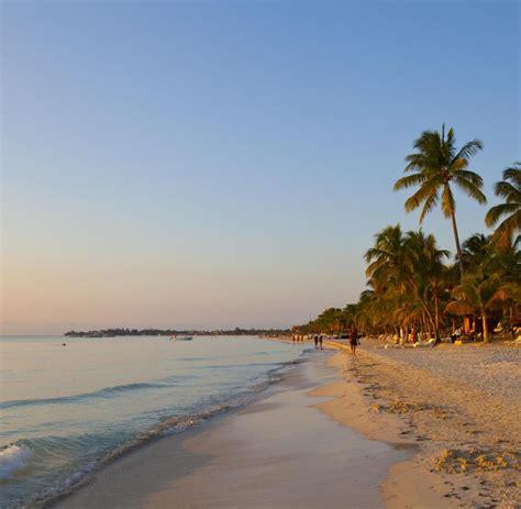 Jamaika: Traumhafte Strände und üppige Marihuana-Plantagen ...
