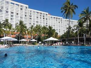 HOTEL REVIEW & VIDEO: Sheraton Buganvilias Resort, Puerto