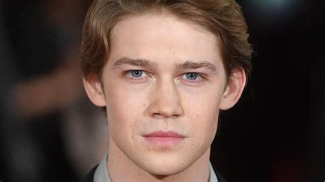 Who Is Taylor Swift's New Boyfriend Joe Alwyn?