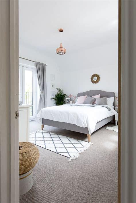 Grey Bedroom Carpet Uk by Grey White Blush Bedroom Bedroom Bedroom Decor
