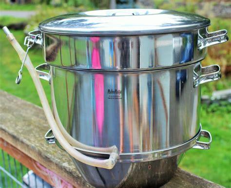 juice grape homemade juicer steam grapes making juicing equipment homemadefoodjunkie easiest