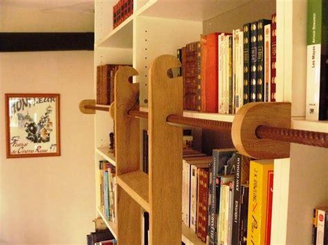 bureau micke une échelle de bibliothèque billy bidouilles ikea