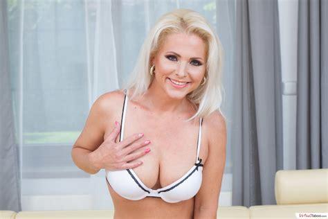 virtual taboo posh mother kathy needs your cock porn 56