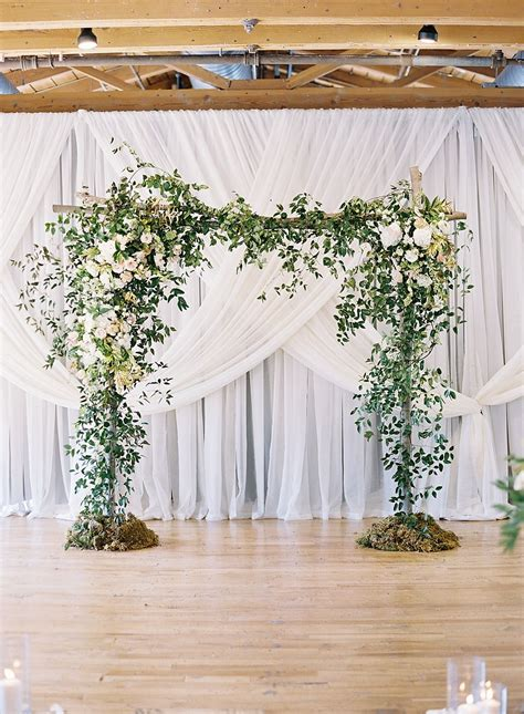 Love This For An Indoor Ceremony Chris Isham Photography