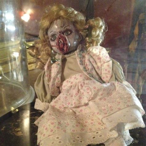 super creepy    give  nightmares