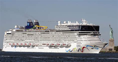 Biggest Passenger Ships In The World by The 15 Largest Cruise Ships In The World Page 15
