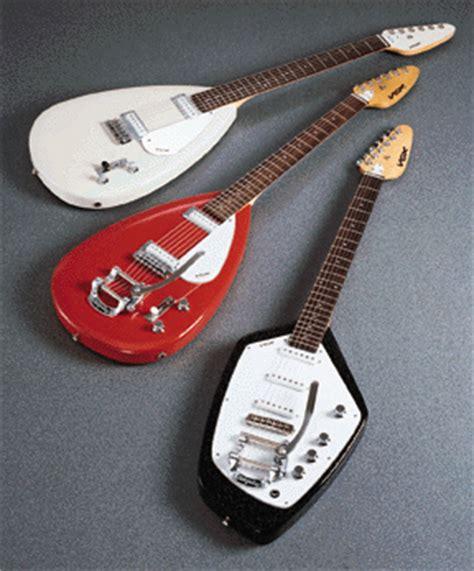 pour les amateurs de vox phantom teardrop guitare