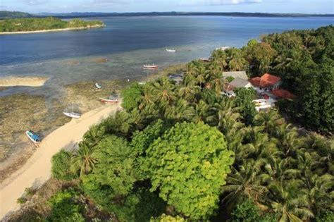 mamburit island madura visit indonesia
