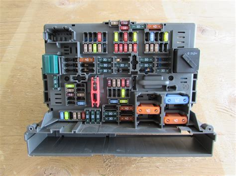 Bmw Fuse Box Power Distribution Front