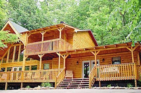 cabin rentals big big retreat 3 bedroom vacation cabin rental in pigeon