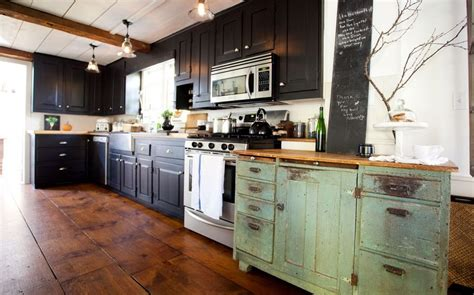 mixing kitchen cabinet colors mixed color kitchen cabinets kitchen design ideas 7547