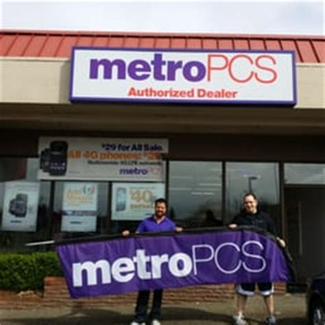metro pcs shop phones metropcs mobile phones 6400 ne hwy 99 vancouver wa
