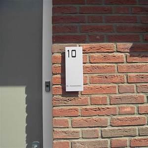 Plaque De Maison Originale : plaques maison d coration ext rieure plaque de rue originale ~ Teatrodelosmanantiales.com Idées de Décoration