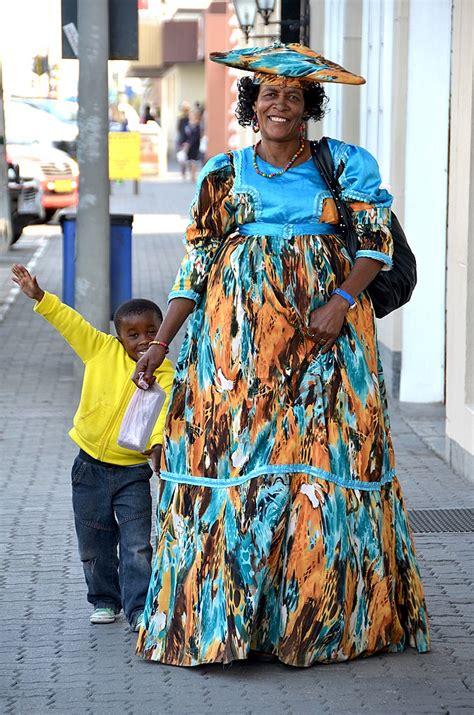 fileherero woman  son namibiajpg wikimedia commons