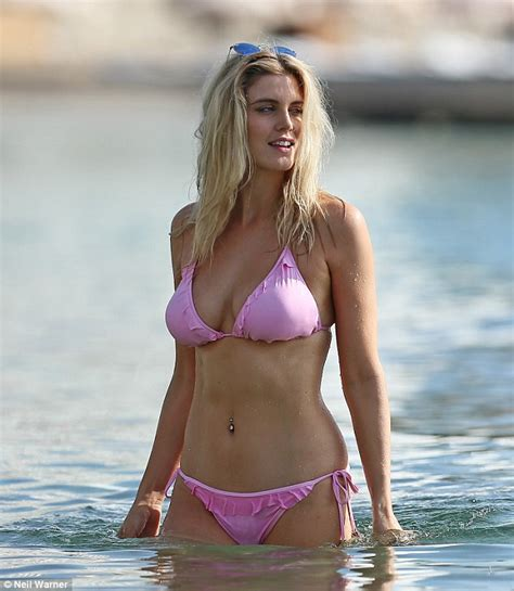 Ashley James flaunts her phenomenal figure in a skimpy ...