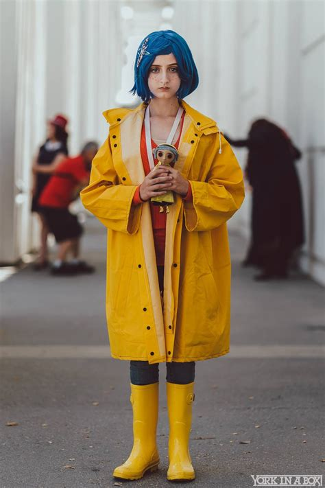Coraline Cosplay At Comic Con Revolution 2017 Cosplay