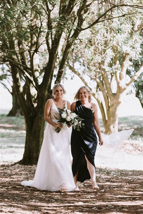 Byron and beyond covers byron bay and the entire northern rivers of nsw, australia. 178-Renee-Jake-The-Farm-At-Byron-Bay-Wedding-Photography-1 ...