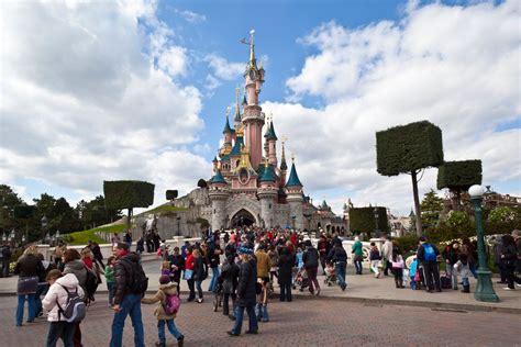 Disneyland Paris Gunman Arrested At Euro Disney Metro News
