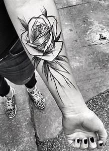 Tatouage Trait Bras : tatouage rose un trait ~ Melissatoandfro.com Idées de Décoration
