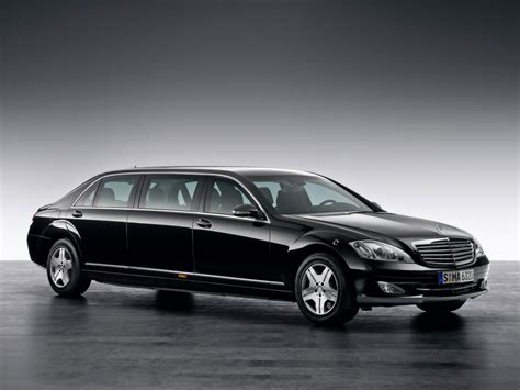 The model came in a short and long wheelbase pullman chassis. Mercedes-Benz S 600 Pullman Guard Limousine photos ...