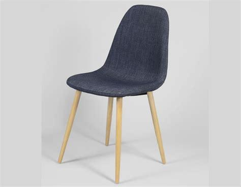 la chaise et bleu chaise bleue scandinave