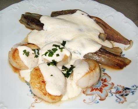 comment cuisiner les petoncles gratin d 39 endives aux crevettes et pétoncles