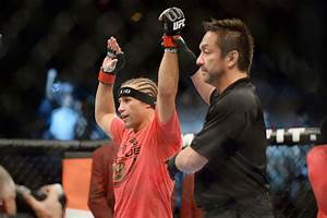 Ratings report: Urijah Faber leads UFC 181 prelims to just ...