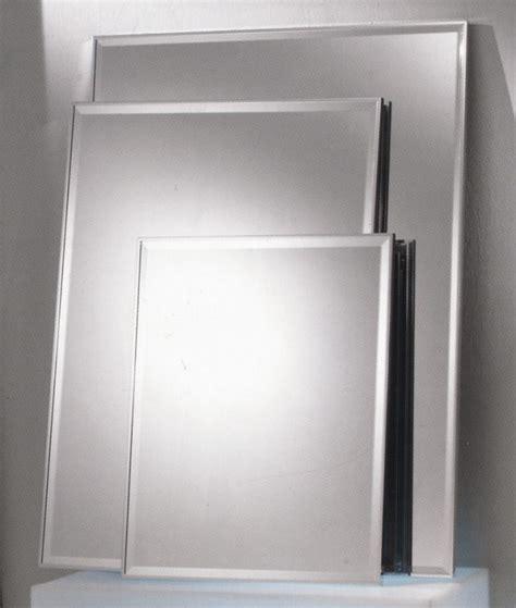 Classic 100 Spiegel 40 x 50 cm mit Rahmen MB115003F MEGABAD