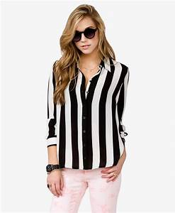 Vertical Striped Shirt - 8 Striped Pieces to Wear This ...