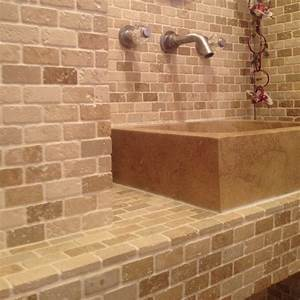 mosaique travertin mix noisette lamelles beige indoor by With calcaire carrelage salle de bain