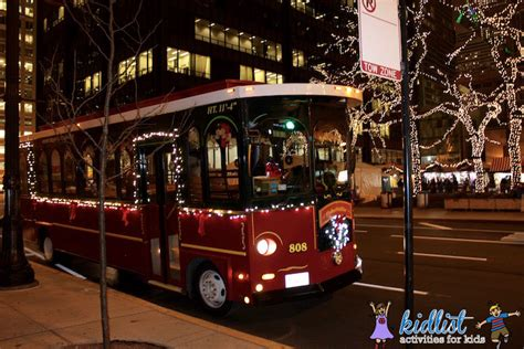 chicago trolley s lights tour kidlist