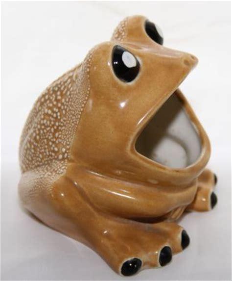 frog sponge holder kitchen sink vintage kitchen sink ceramic frog scrubby sponge sos pad 6757