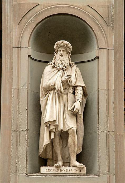 da vinci köln file statue of leonardo davinci in uffizi alley florence italy jpg