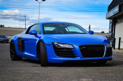 audi r8 wrapped shimmer blue wrapped audi r8 is a real stunner gtspirit