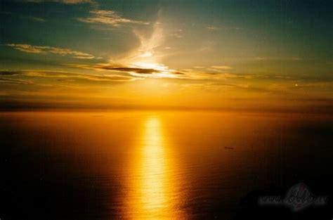 Vai cilvēki, kuri saka, ka saule visiem spīd vienādi, ir ...