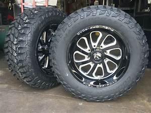 20 U0026quot  20x10 Fuel D587 Flow Black Wheels 35 U0026quot  Mud Tires 6x135
