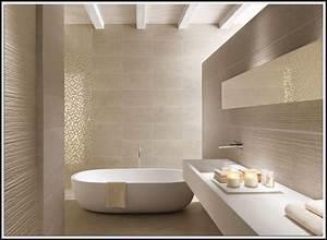 Badezimmer Fliesen Streichen : badezimmer fliesen streichen kosten fliesen house und dekor galerie pnzjpzzalk ~ Markanthonyermac.com Haus und Dekorationen