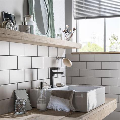faience cuisine et blanc faïence mur blanc blanc astuce l 10 x l 20 cm leroy merlin
