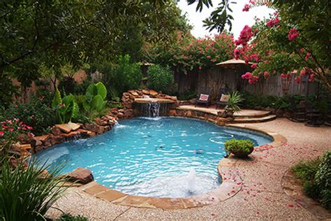 one of the top pool builders in dallas outdoor