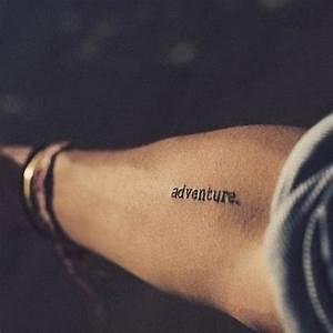 Ecriture Tatouage Femme : tatouage homme poignet ecriture ~ Melissatoandfro.com Idées de Décoration